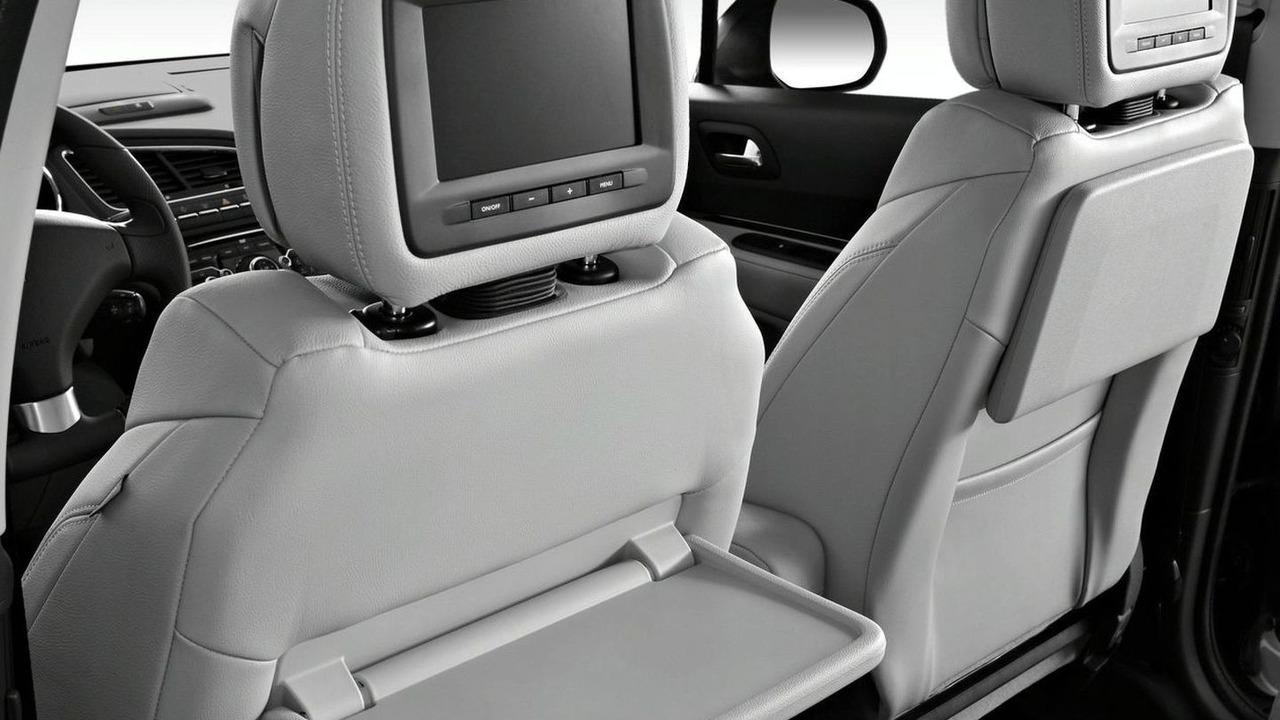 2010 Peugeot 5008