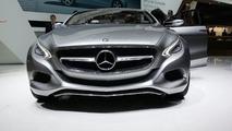 Mercedes F800 Style concept live in Geneva 03.03.2010