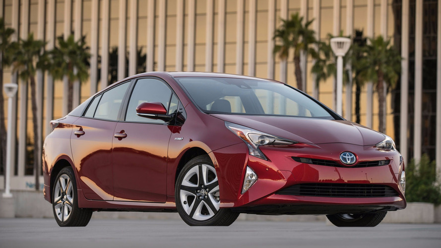 Toyota Wants Your Solar Prius To Follow The Sun