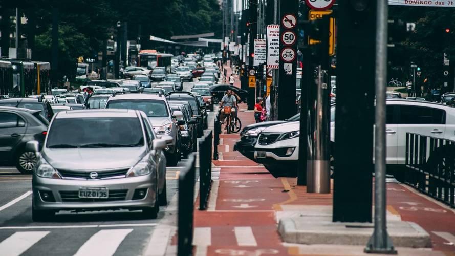 10 város, ahol a legtöbbet ülnek dugóban az autósok