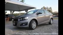 Chevrolet Sonic: Impressões ao dirigir os novos hatch e sedã no Brasil e galeria de fotos em HD