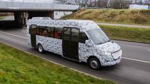Mercedes-Benz Sprinter'ın Minibüs Versiyonu Kamuflajlı