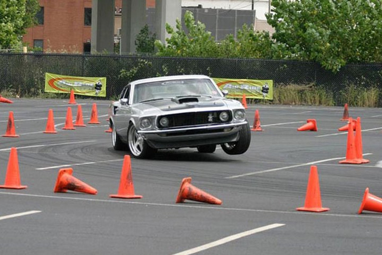 EPA Trying to Prohibit Converting Road Cars into Race Cars