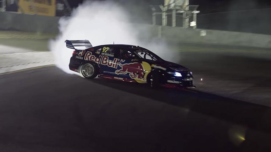 Red Bull, Holden Commodore V8'i drift canavarına dönüştürdü