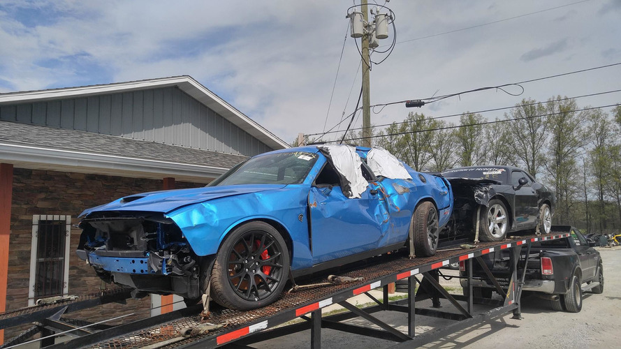 Dodge Challenger SRT Hellcat accidentée