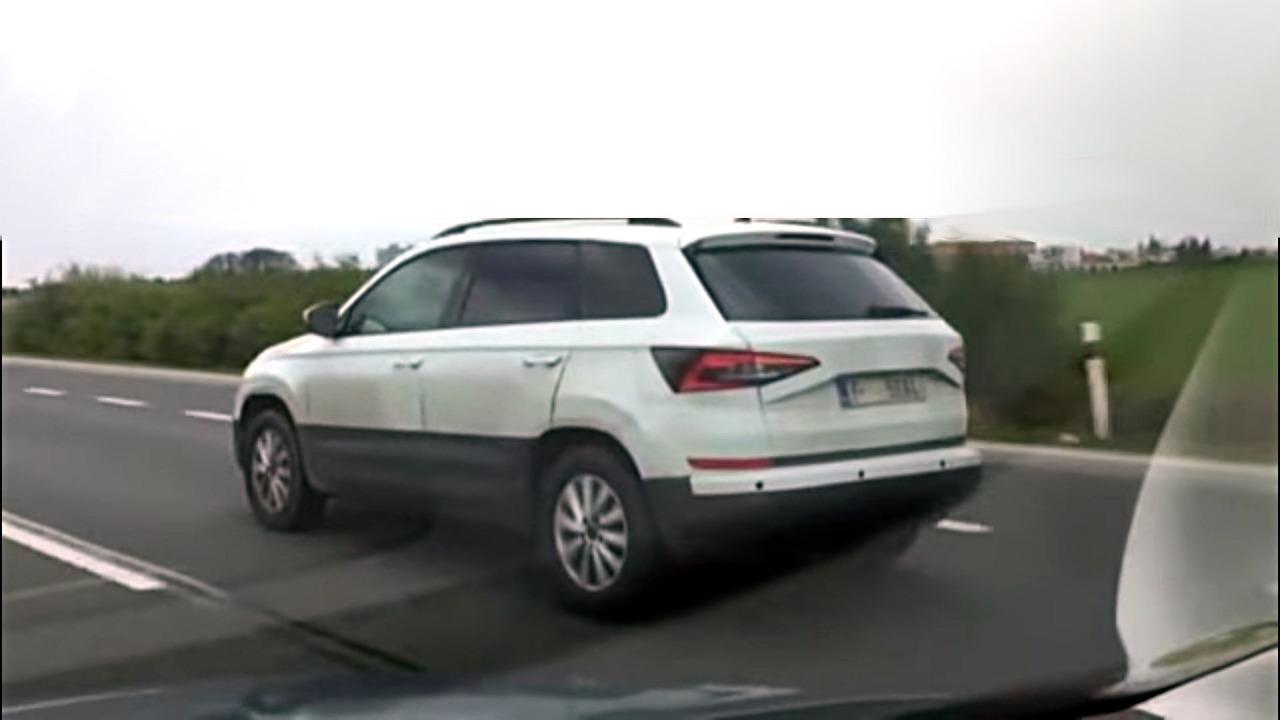 2018-skoda-yeti-screenshot-from-spy-video