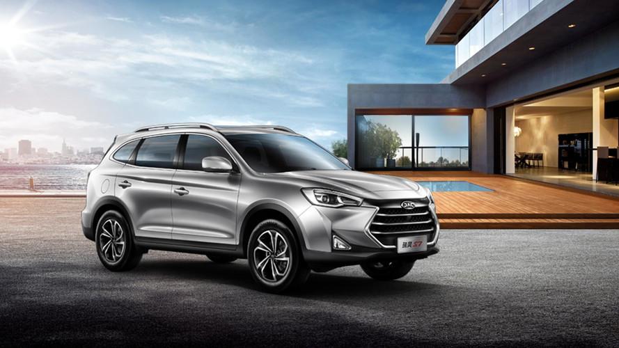 JAC promete picape média, SUV grande e J2 aventureiro para 2018