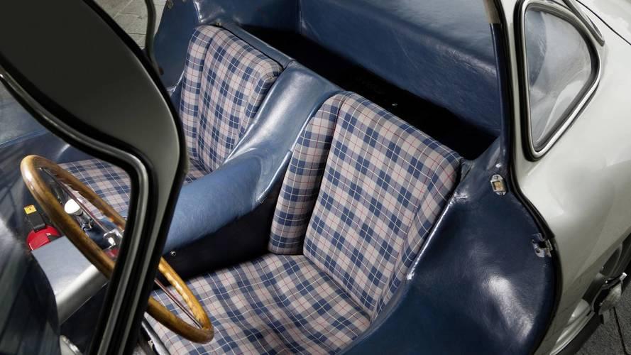 Mercedes reproduit le tartan écossais de la 300 SL !