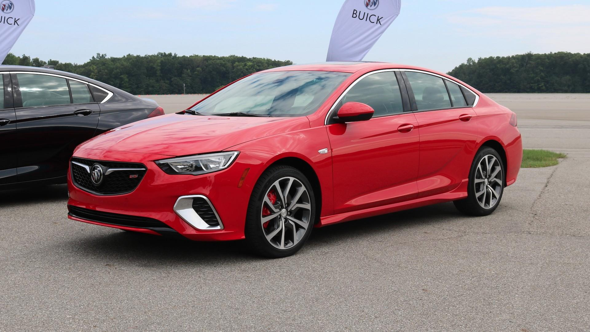 2018 buick regal gs revealed with 310hp awd for 39 990. Black Bedroom Furniture Sets. Home Design Ideas