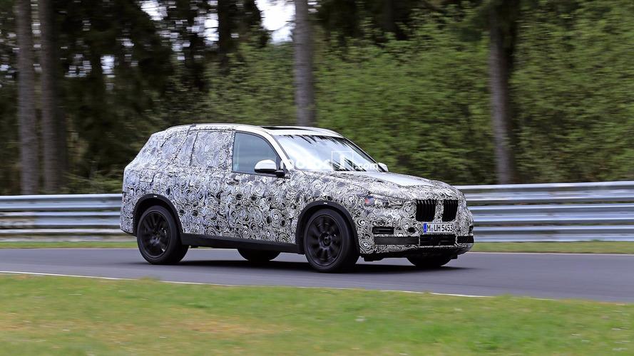 Yeni jenerasyon BMW X5 pistte görüntülendi