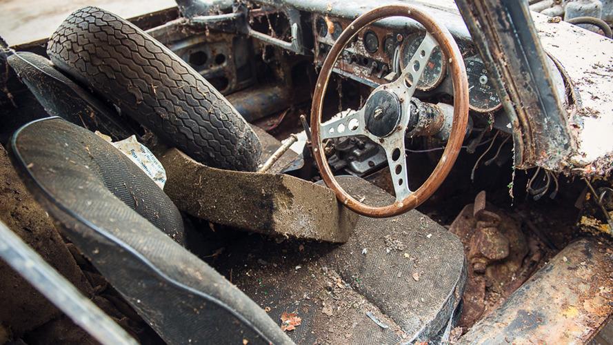 1962 Jaguar E-Type Barn Find Auction