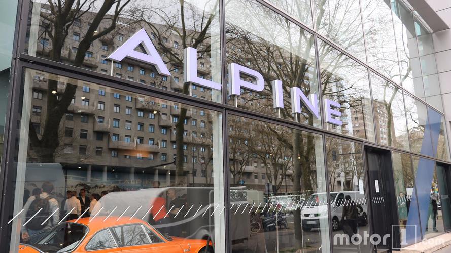 Alpine A110 Showroom