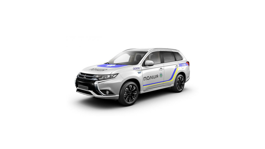 Ukraine orders 651 Mitsubishi Outlander PHEVs for national police