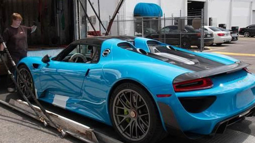 porsche 918 spyder with riviera blue paint and weissach. Black Bedroom Furniture Sets. Home Design Ideas