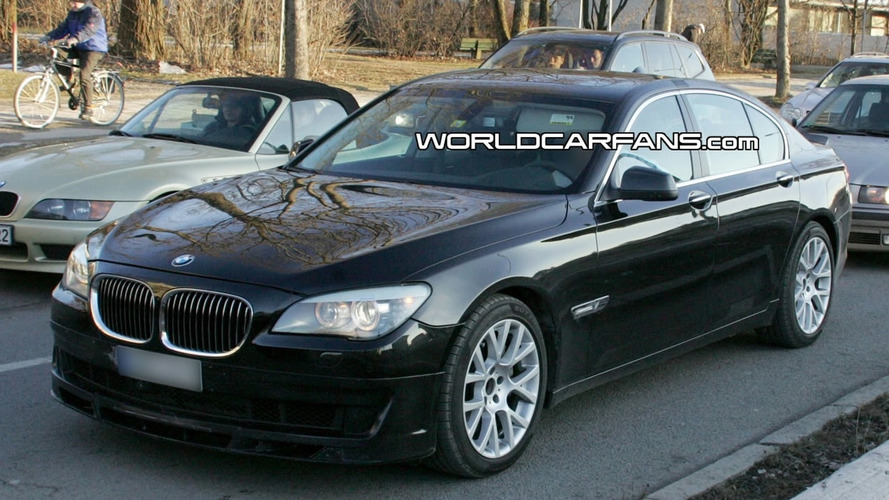 BMW Alpina B7 Caught Completely Undisguised