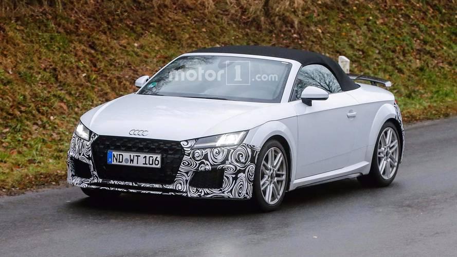 Makyajlı Audi TT Coupe, Roadster casus fotoğraflar