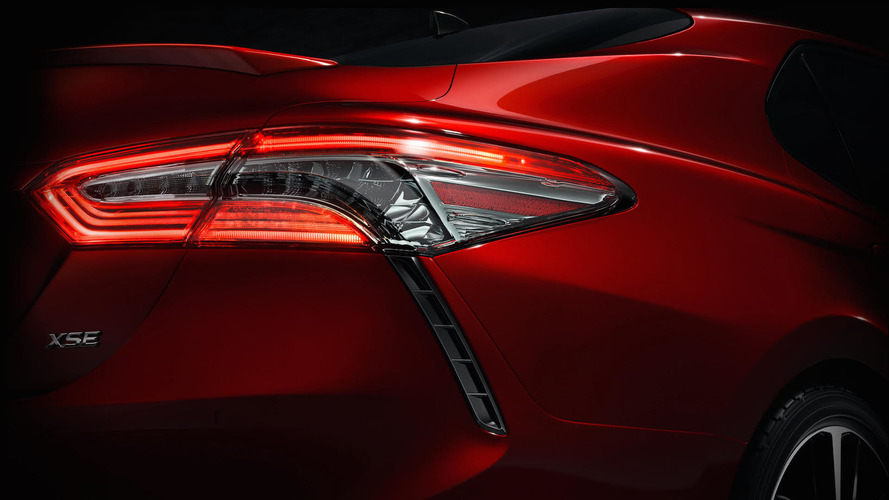 Toyota yeni Camry'yi Detroit'te sergileyecek
