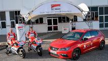 SEAT León CUPRA 2017, coche oficial de Ducati MotoGP