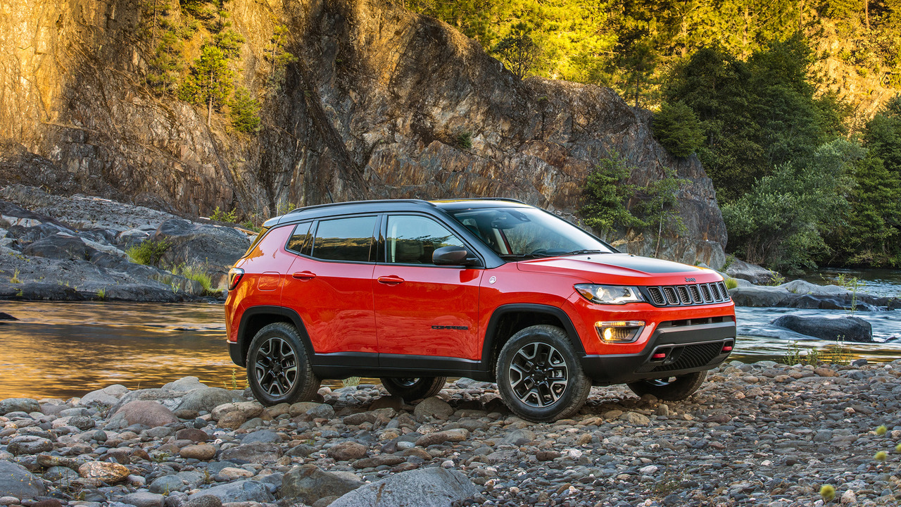 all new 2017 jeep compass unveiled the most capable compact suv ever. Black Bedroom Furniture Sets. Home Design Ideas