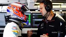 Jenson Button, McLaren, Tom Stallard, McLaren race engineer