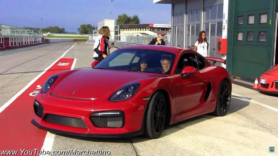 Horacio Pagani, Porsche koleksiyonunu sergiliyor