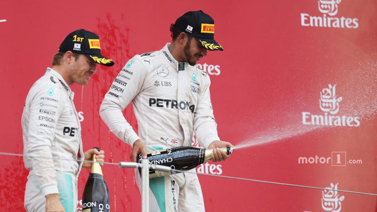 Podium- race winner Nico Rosberg, Mercedes AMG F1, third place Lewis Hamilton, Mercedes AMG F1