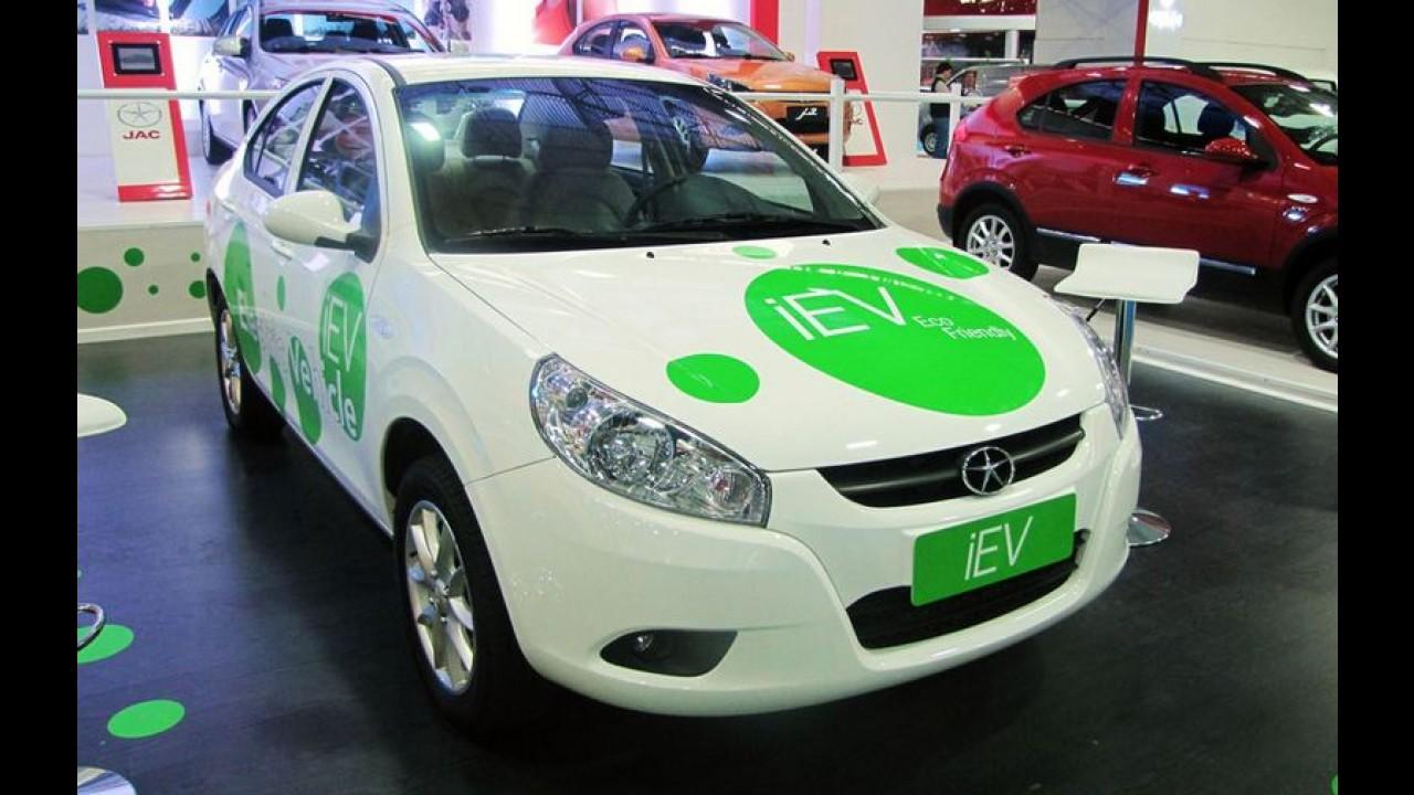 JAC J5 reestilizado estará no Salão do Automóvel - marca divulga outras novidades