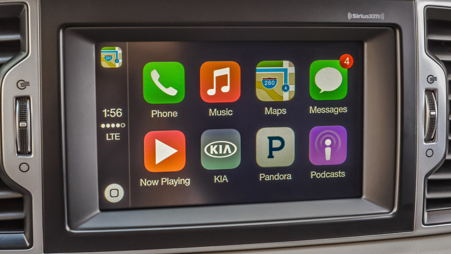 Kia offers Apple Carplay and Android Auto retrofit for free