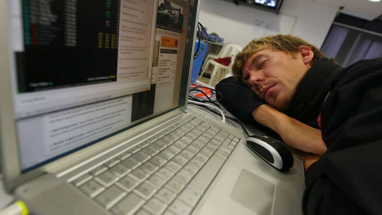 A tired Belgian photographer in the press room, Italian Grand Prix, 13.09.2008 Monza, Italy