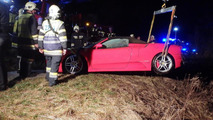 Ferrari F430 Spider crashed into lake in Austria