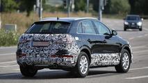 2016 Audi Q3 facelift spy photo