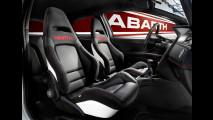 Abarth: sedili racing per lo Scorpione