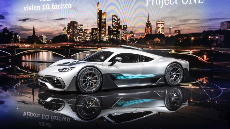 A BMW meg tudná csinálni az AMG Project-One riválisát, ha akarná