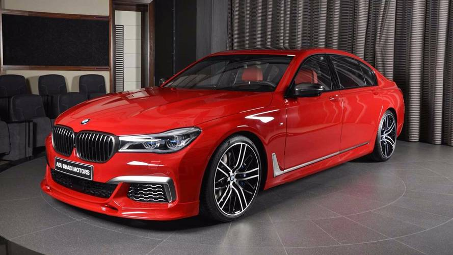 This Arrest-Me-Red BMW M760Li xDrive Is An Attention Getter