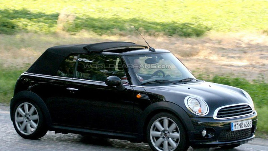 Second Generation MINI Cabrio set to Arrive March 2009