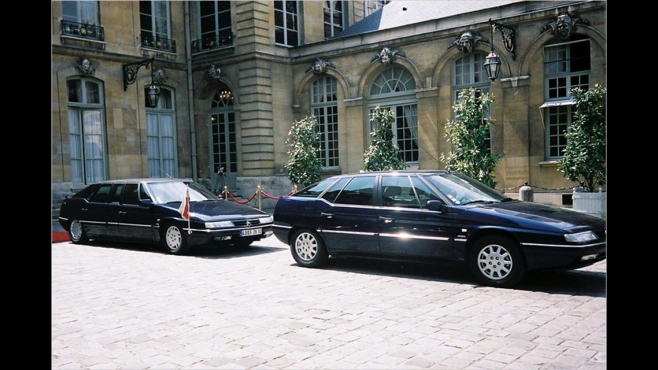Verlängerter Citroën XM (links) in Diensten von Jacques Chirac. Der XM war Nachfolger des CX, und damit auch natürlicher Nachfolger als Präsidentenlimousine.