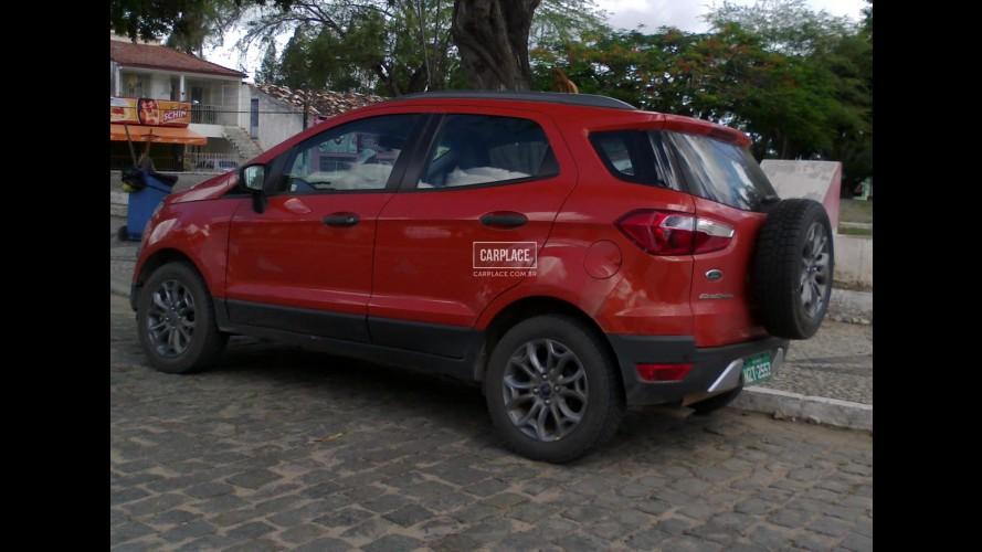 Esconder pra quê? Novo Ford EcoSport 2013 já roda sem disfarces no Brasil