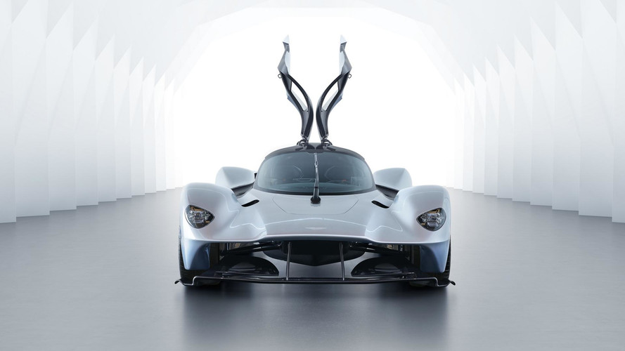 PHOTOS - L'Aston Martin Valkyrie est prête à 95% !