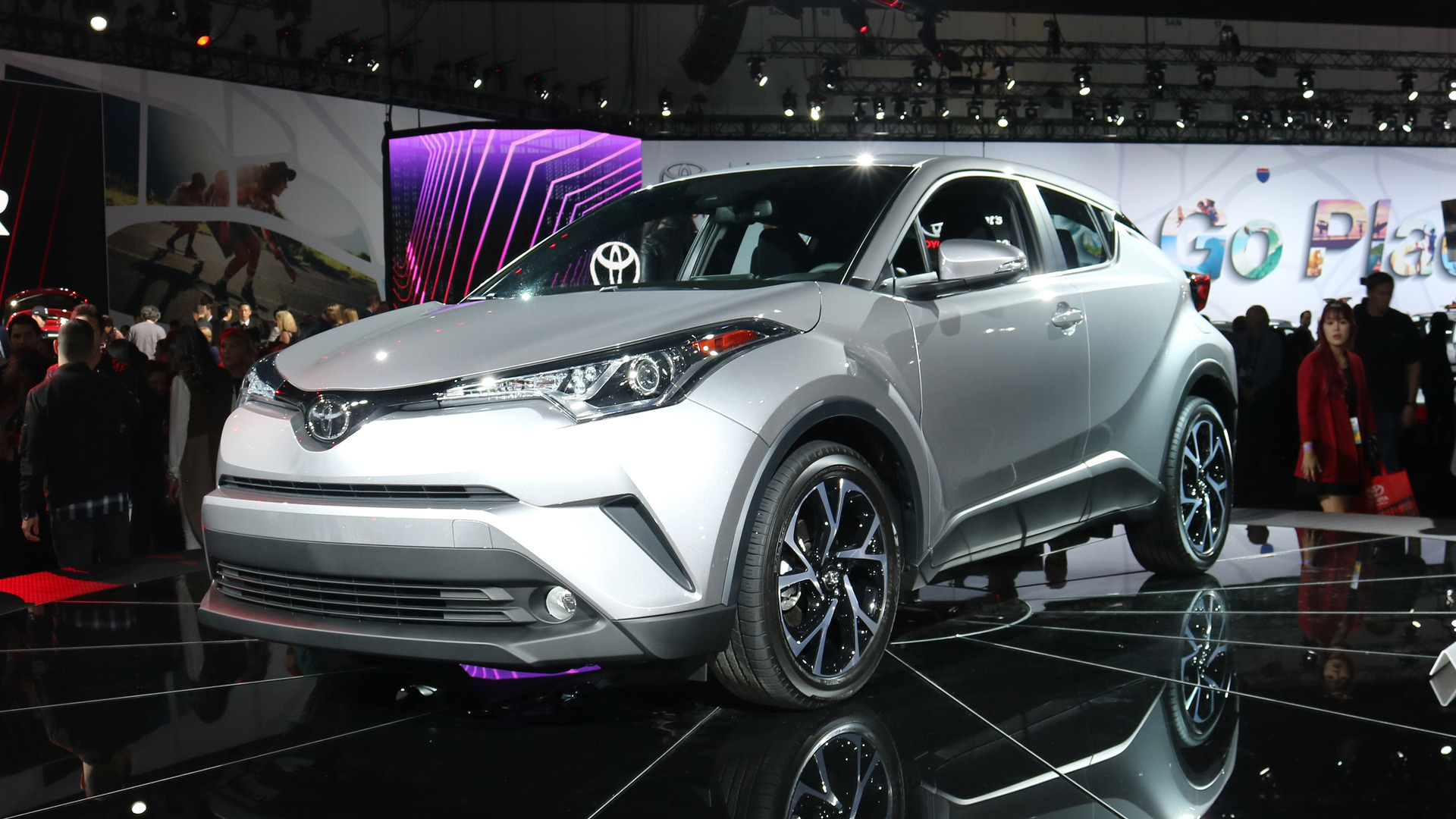 toyota zhr by 2018 toyota c hr is the scion that should have been