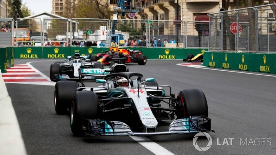 Hamilton se encuentra con la victoria en un alocado GP de Azerbaiyán