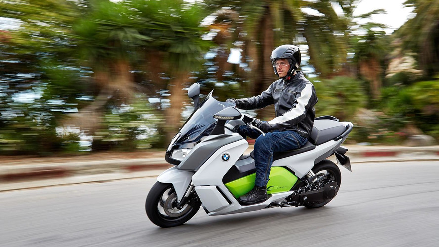 BMW C evolution electric scooter unveiled [video]