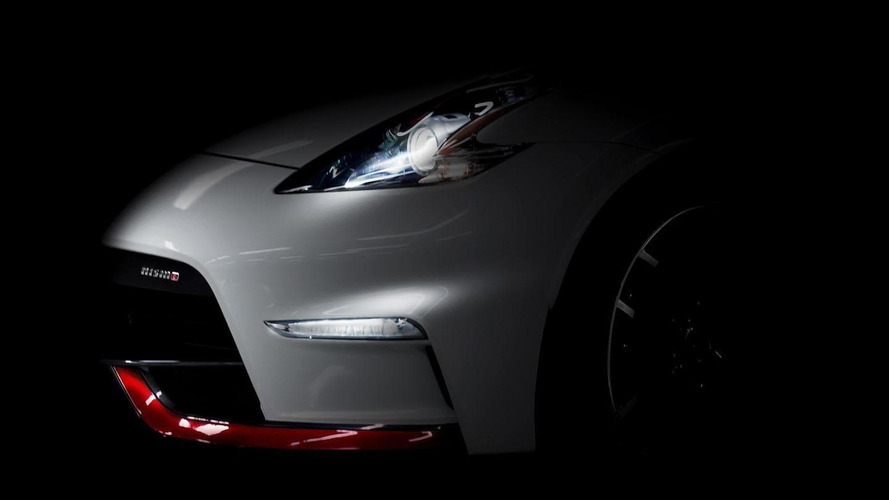 2015 Nissan 370Z Nismo teased, debuts on May 16th