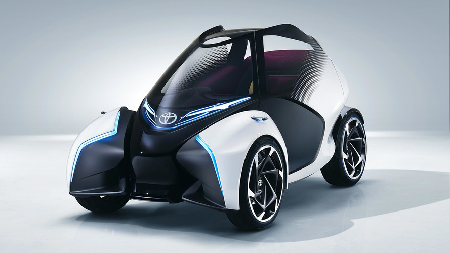 Toyota i-Tril Concept imagines chic look for urban transport in Geneva