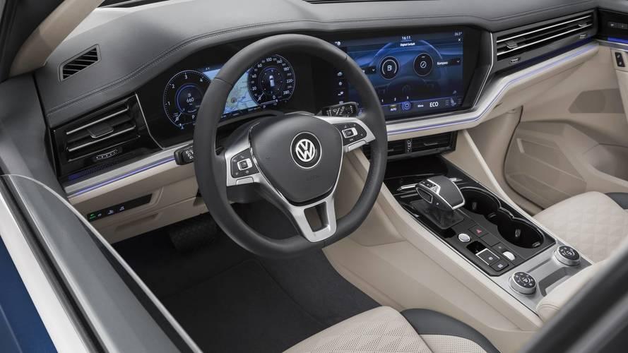 New VW Touareg Detailed On Video Showing Fresh Design, Huge Screen