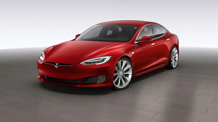 Le constructeur Tesla protagoniste du premier accident fatal d'une voiture autonome
