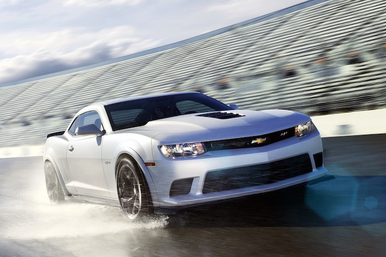 Chevy Camaro Z/28 is so Analog it's Almost Perfect: First Drive