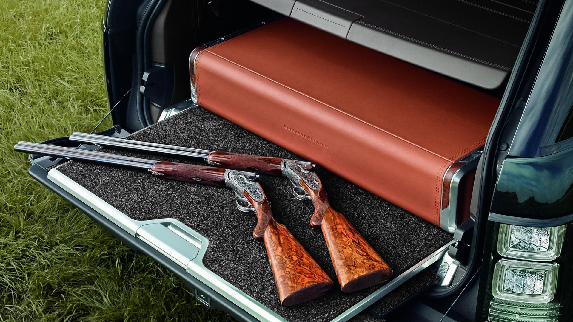 Range Rover с ружьями Holland & Holland