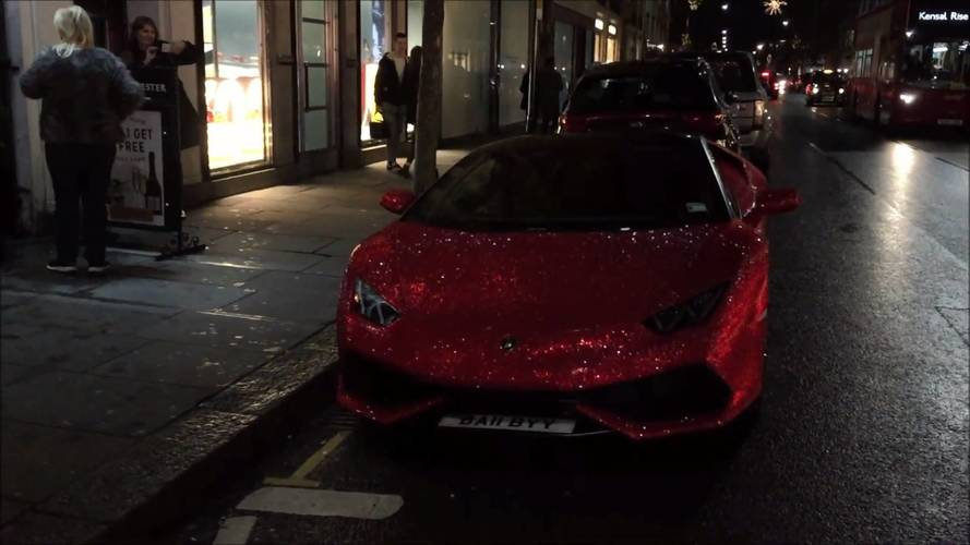 VIDÉO - Une Lamborghini Huracan recouverte de cristaux Swarovski