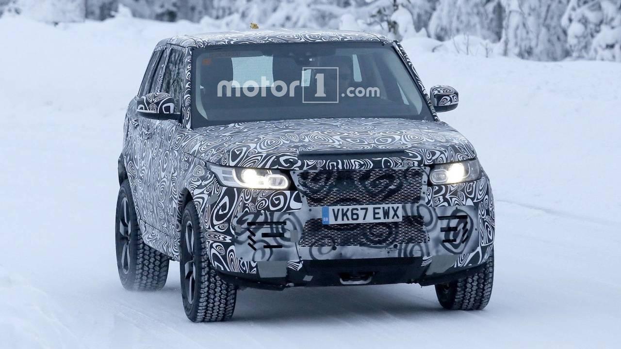 2019 Land Rover Defender spy photo