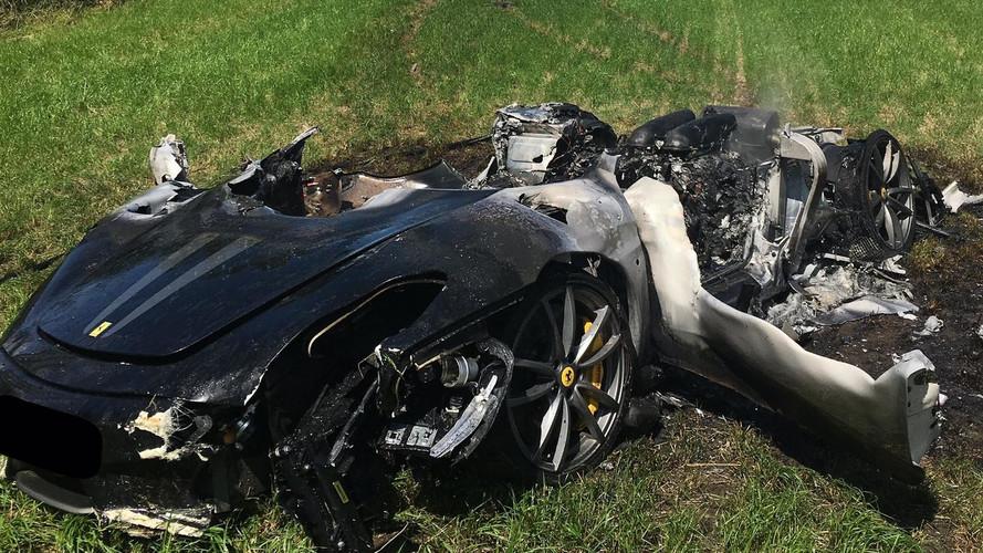 Ennyi maradt az egy órával korábban vásárolt Ferrari F430 Scuderiából